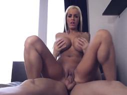 Kimberly made a porn scene with a guy