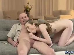 Elder dude got a bj from a frolic, Russian, light-haired damsel before she began shagging him