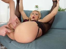 Brittany Bardot mature beauty gets hardcore gonzo fuck-a-thon by COUGAR Thing