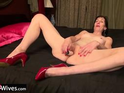 USAwives Compilation with Red-Hot Solo Matures