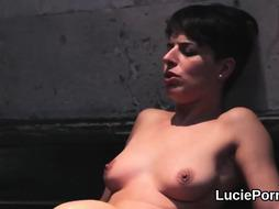 Unexperienced g/g nymphs get their stretched vags slurped and humped