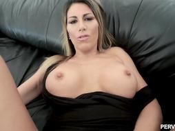 Makayla Cox is waiting for her well well-deserved pop-shot after she was railing that boner all day
