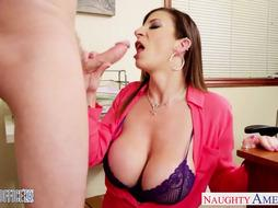Dark-Haired cougar Sara Jay pulverizing in the office