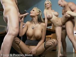 2 kinky blondes enjoy culo have fun in the office