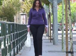 spanish warm tall and bootylicious stunner in taut jean