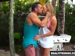 RealityKings - Cougar Hunter - Cougar On The Grill