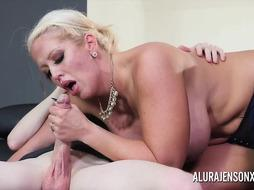 Huge-Titted blondie screw chick, Alura Jenson had hump with a marvelous man, all day lengthy