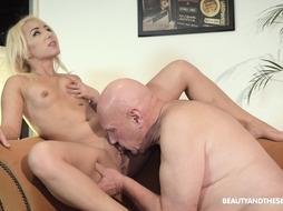 Blondie Uses Elderly Dude's Beef Whistle