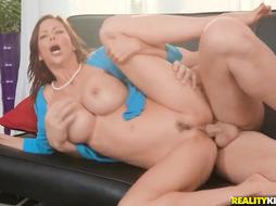 Dick railing ultra-cutie, Alexis Fawx loves to take her husband's meaty dick, while on the bed