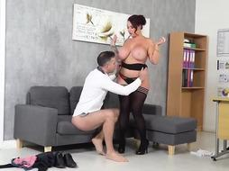 Yam-Sized jugged gal is being the finest manager ever, since she is regularly fuckin' her workers